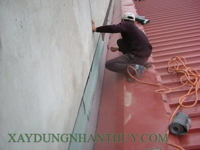 cách chống thấm tường nhà liền kề