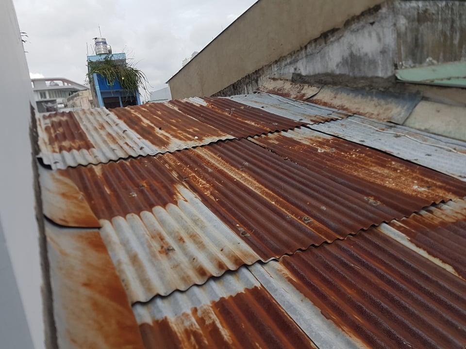 khắc phục mái tôn dột nước