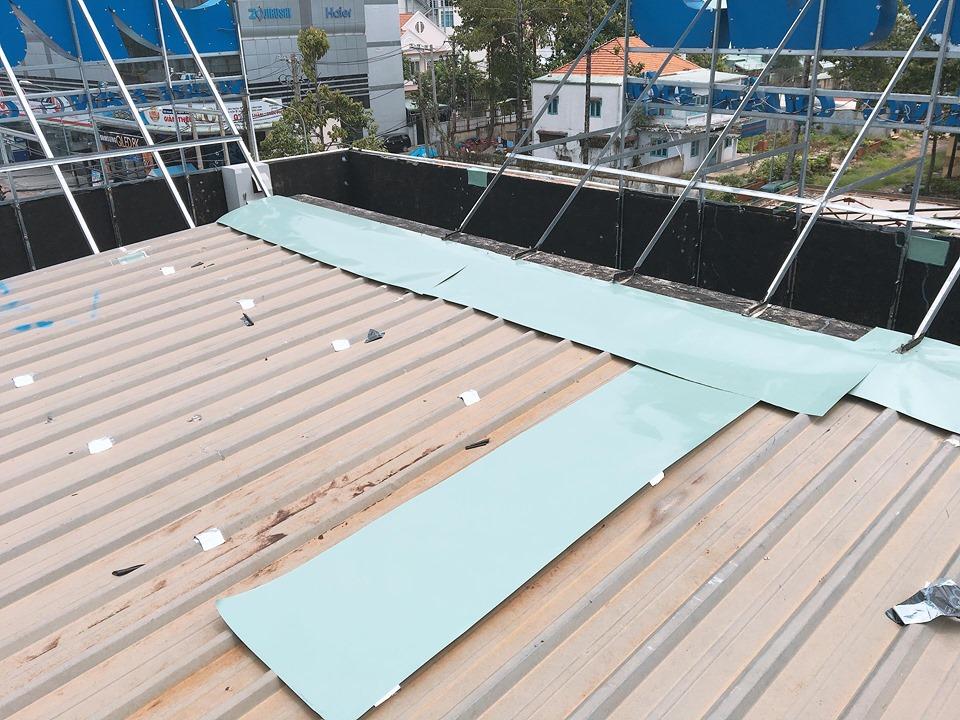sửa mái tôn bị dột quận 1