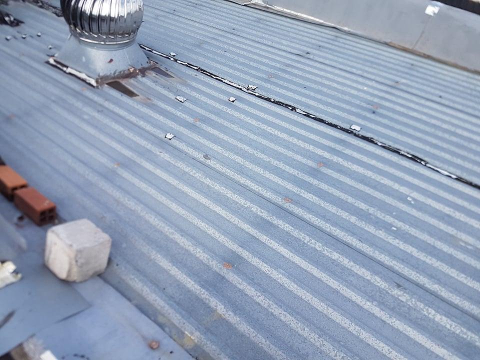 thợ chống dột mái tôn quận 3