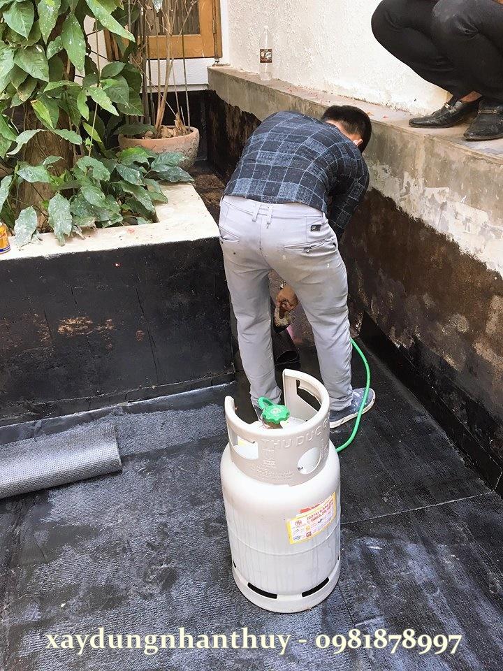 Dịch vụ chống thấm nhà tại quận Tân Phú