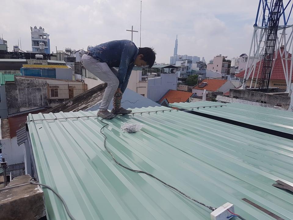 thợ chống dột mái tôn nhà bè