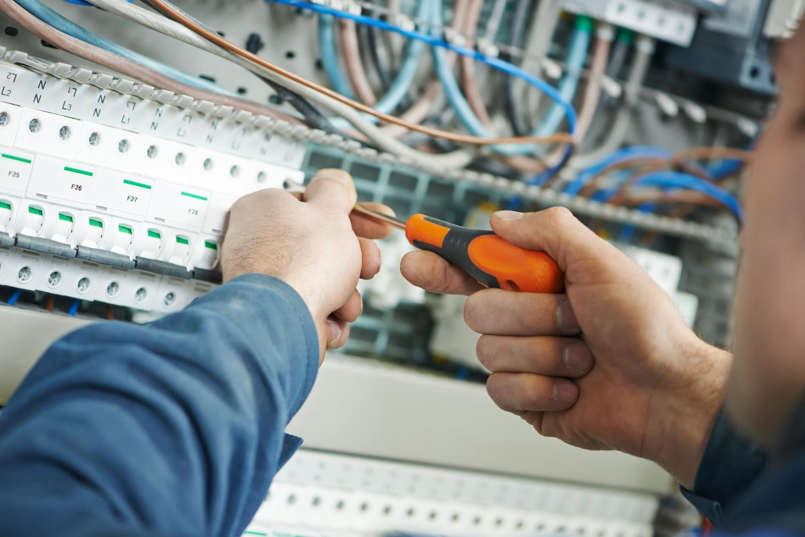 sửa chữa điện nước quận 5