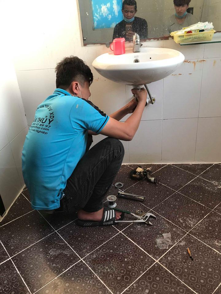 thợ sửa lavabo tại nhà bè