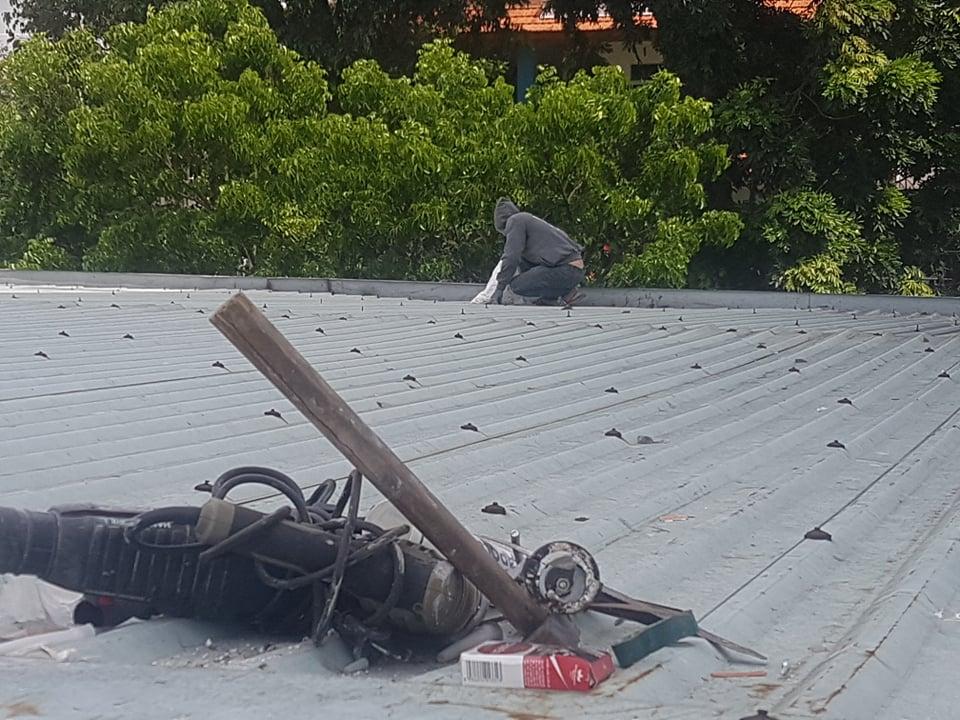 dịch vụ chống dột mái tôn bình chánh