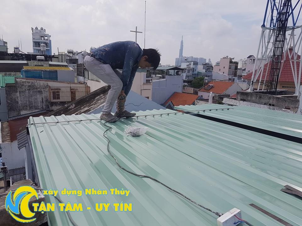 cách xử lý chống dột mái tôn tại quận 6