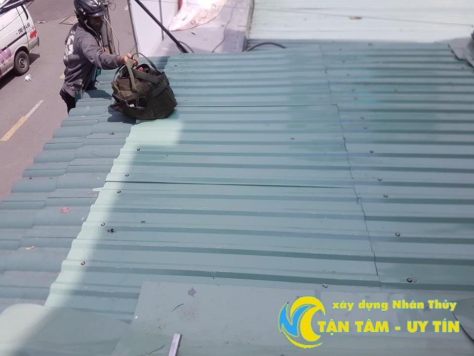 thợ chống dột mái tôn tại quận 7
