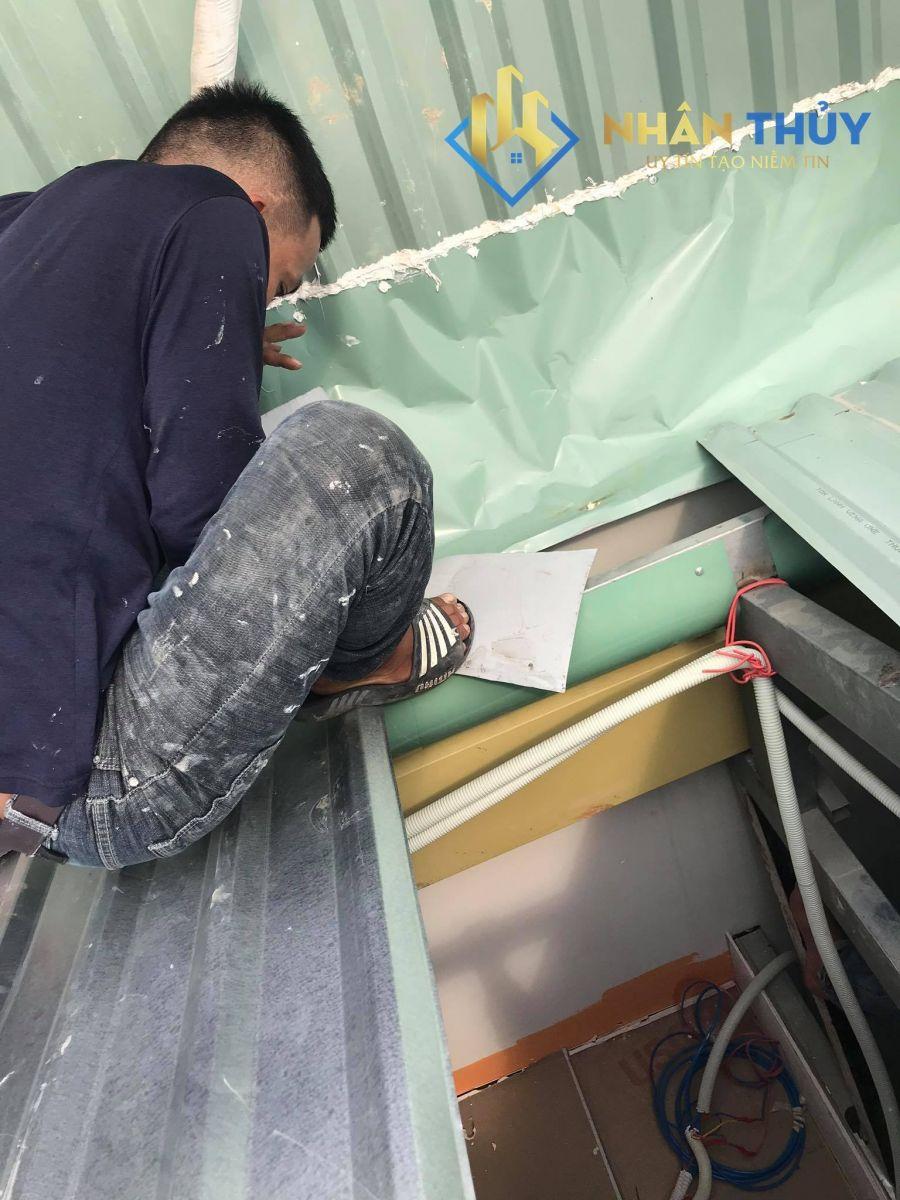 thợ làm mái tôn tại quận 10
