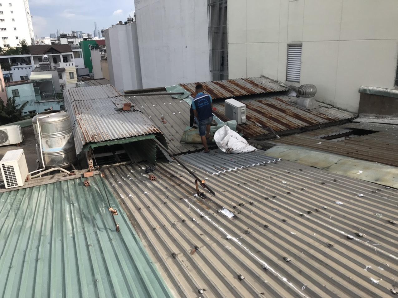 thợ sửa mái tôn giá rẻ