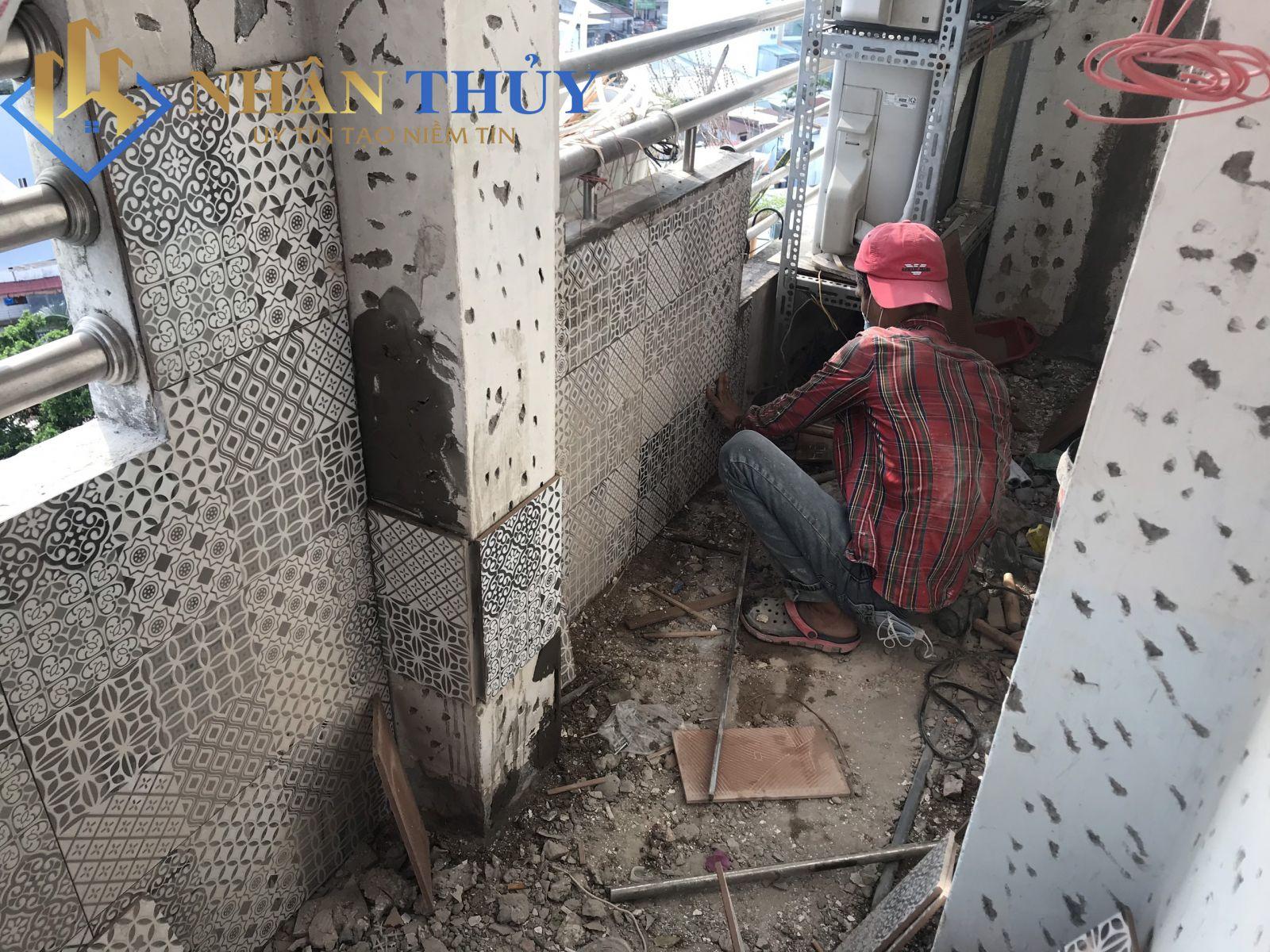 thợ sửa nhà ốp lát gạch